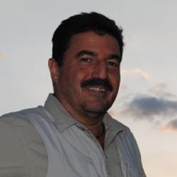Тони Салиба фото